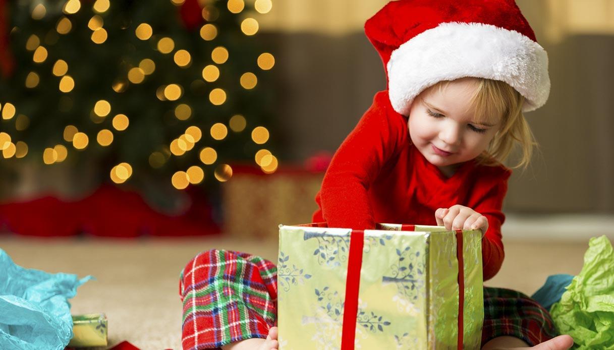 Regali Di Natale Per Bimbi.5 Consigli Per Fare Un Bel Regalo Di Natale A Un Bambino Sotto I 5 Anni
